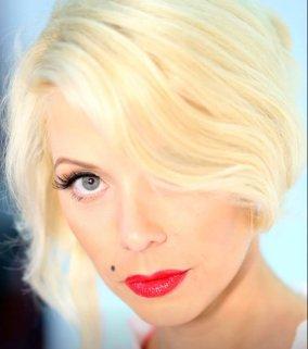 blond-girl